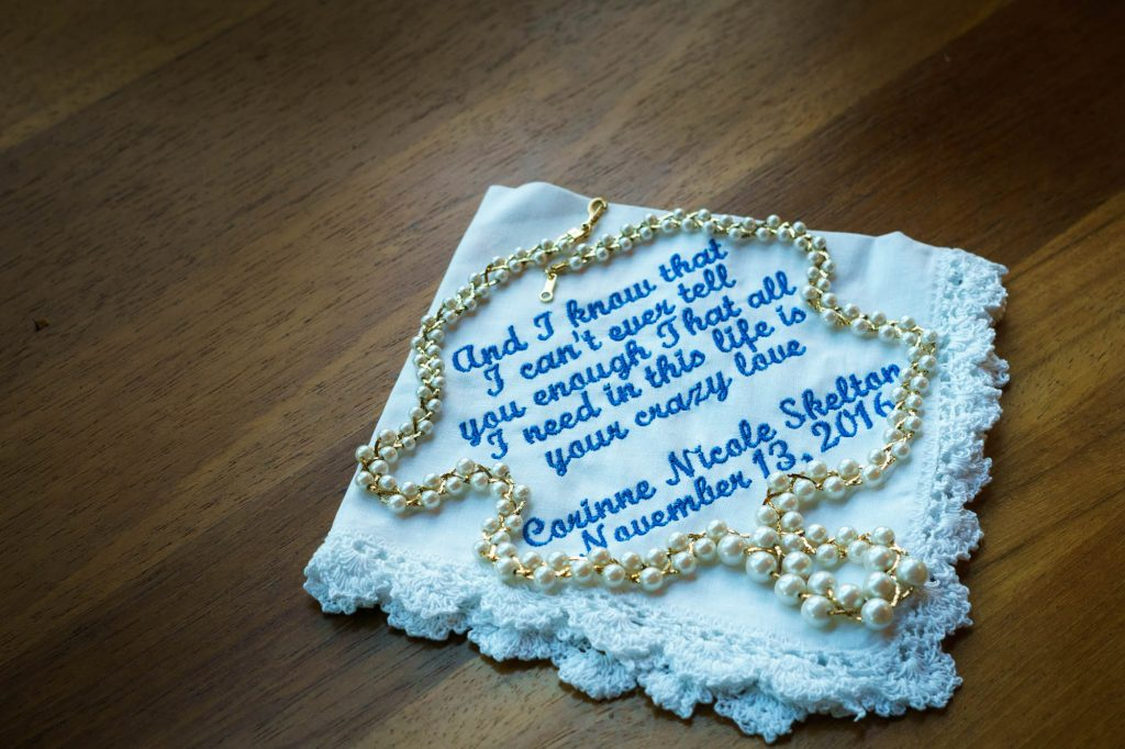 Sentimental napkin with pearls.